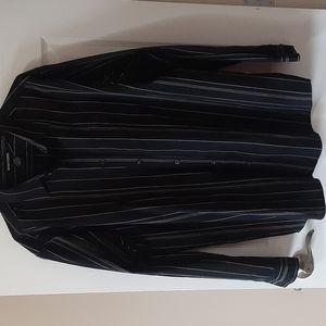 XL vertical striped button shirt